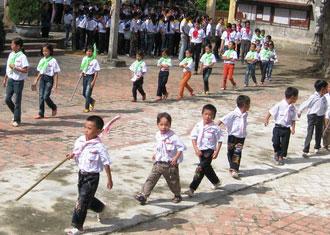 Thánh lễ ban phép Thêm sức tại giáo xứ Quảng Nạp