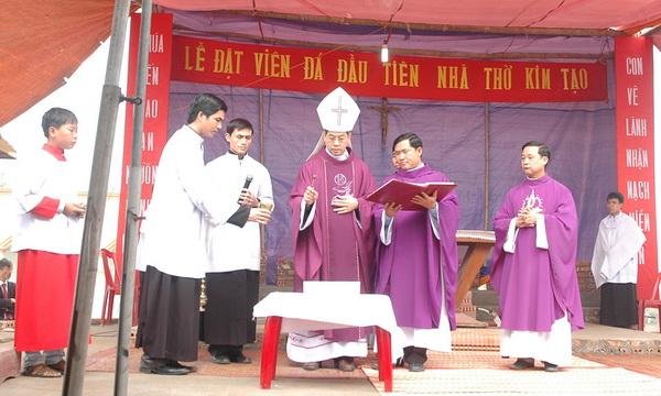 Thánh lễ đặt viên đá khởi công xây dựng nhà thờ Kim Tạo